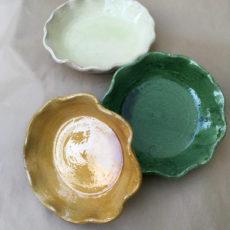 Plat gratins vert, jaune et blanc